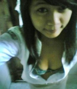 http://hpborneo.files.wordpress.com/2011/07/ceweksmubugiltelanjang10.jpg?w=258